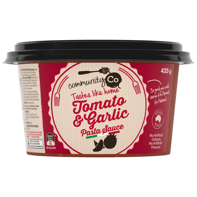 Community Co Fresh Tomato & Garlic Sauce, 425 Gram